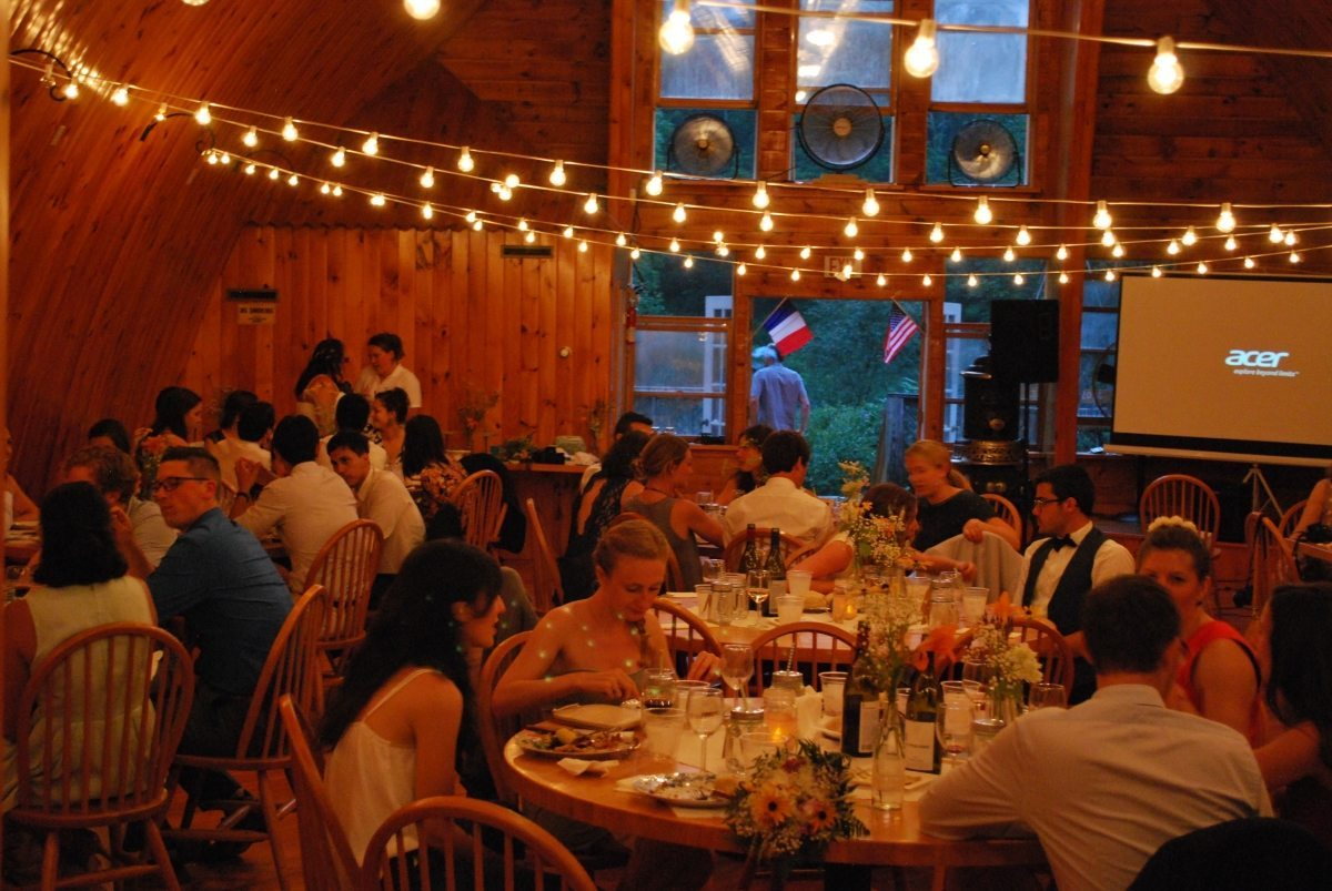 barn wedding venue party pic